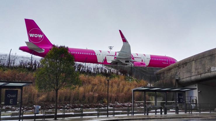 Wow! l'avion !
